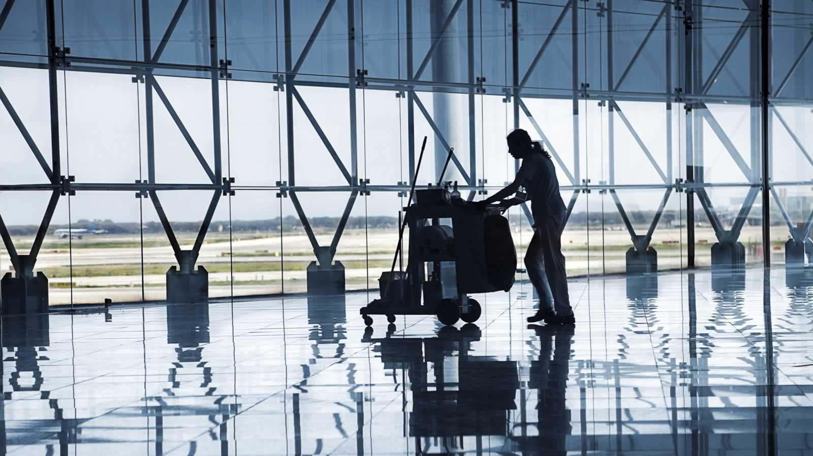 Personal para limpieza aeroportuaria